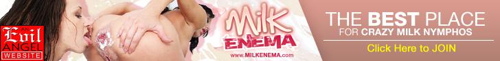 Milk Enema - zabawy z mleczną lewatywą